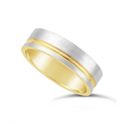 9ct Yellow Gold Gents Wedding Ring, With A Brushed 9ct White Onlay With A 1.5mm Diamond Cut Concave Groove To One Side Of Wedding Rings